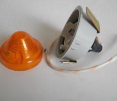 Feu Clignotant AV Complet support plastique Gris Droit