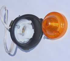 Feu Clignotant AV Complet support plastique NOIR Droit