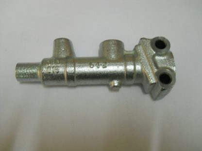 Maître cylindre Diam 8, 2 sortie Méhari, Dyane, 2CV